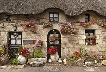 Cute cottages / by Merry Hamrick