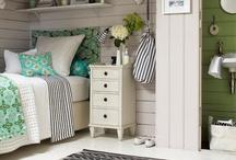 House - Bedroom / by Belinda Sergeant