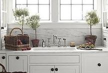 kitchen... / by Mary Hagopian