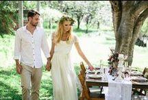 wedding dresses & accessories / by Noora Koski