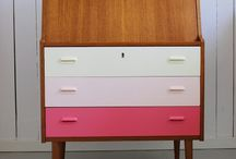 DIY - Furniture / by Shiri Eshed-Shahar
