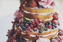 wedding cakes / by Lisa Lyman