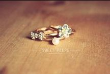 ::jewelry:: / Pretty things I would LOVE to have :) / by April Ewing