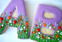 Cookie Decorating Ideas / A collaborative board showcasing decorated cookie designs to inspire your cookie creations. / by Janine (sugarkissed.net)