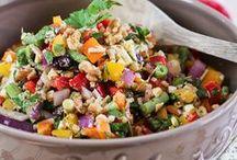 salads & dressings / by Hadassah Rossio