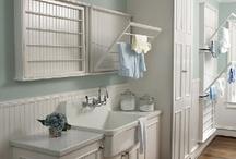 Bathrooms / by Marilyn Otte