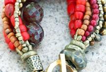 accesories / by luna del mar