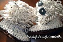 crochet: shoes, booties etc/ free #2 / by Amy Woods