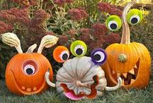 Halloween Decorations, Crafts, and Costumes / Decorations, crafts, and costumes for Halloween / by Hungry Happenings holiday recipes and party food