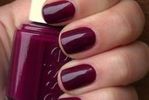 Nails / by The Chic Orchid