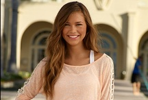 College Fashionista / Just because you're a broke student doesn't mean you can look fabulous. We comb the Internet looking for great bargains and hot new looks for the semester! / by ScholarshipExperts.com