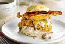 Christmas Breakfast Menu / While the main event of Christmas morning is usually under the tree, a family breakfast around the table can add to the merriment too! / by Giant Eagle