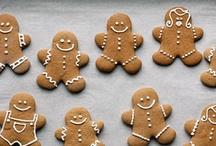 Icing cookies / by Kazue Niida