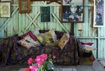 House/Casa / A bit of DIY a bit of inspirations. A lot of colour and saturation // Un poquito de DIY un poco de inspiración. Un montón de color y saturación.  / by Claudia Bossay