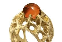 Jewels & Bijoux / by Yvonne Molina
