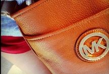 Clutch it, Bag it, Tote it / by Beautiful Baroque