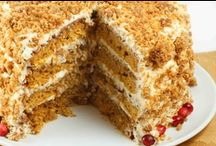 Cakes / by Sherron Heidlage