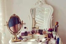 Vanity Tables / by Joanna Kristina