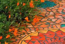 Gardens I love / by Dianne Bennett