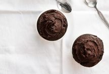 Recipes: Chocolate / by Valeria Necchio