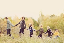 Photo Ideas: Family / poses and outfit ideas / by Tiffany Castleberry