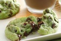 Cookies / by Laura Anderton