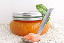 DIY Bath and Beauty / Healthy, homemade beauty products you can make yourself! / by Bellevalia Designs (Michelle Mielke)