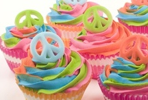 Cupcakes and Smiles / by Erica Riggs
