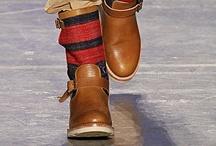Fashionable Feet Forward: Men's Footwear  / by HOVR.IT