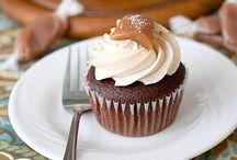 Cupcake/Cake Recipes / by Kaela Plyler