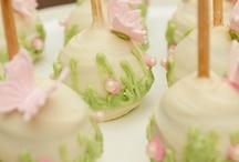 Cake Pops / by Gina Meldrum