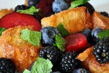 cook/bake/eat / by Rachel Spitalnick