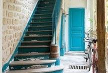 Hallways & Walkways / by Debrah Ammar