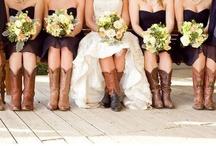 Dream Wedding Ideas / by Chelsea Lewter