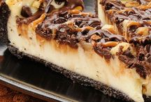 Cheesecakes / by Helen Loewen