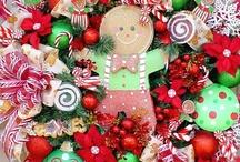 Wreaths & Topiary / by Gerda Pait