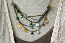 Jewelry: Necklaces / by Ka Blocko