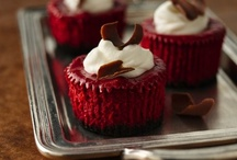 Red Velvet Obsession / by Jamie Campbell-Halstead