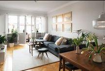 Decor: living rooms / by Stephanie Vanderham