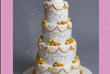 Cakes / by Green Bride Guide
