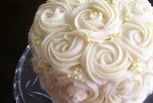 Designer Cakes*Cupcakes*Cookies / by Bernie♥