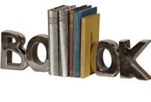 Subjecta llibres / by Sònia Izquierdo Aliau