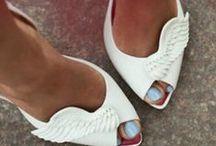 Not enough shoes / by Monika Monroy