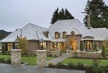 >>>Houseplans<<< / by JenniferMarie