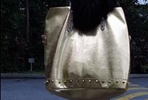 CollegeFashionista: Gold Rush / by Manuela Almeida