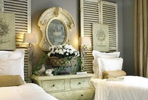 Bedrooms: Guest room with twin beds / by Debbie Hodge