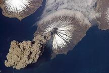 volcanos... / Volcano and lava / by Nuno Silva