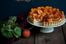 Baked Goods - Pies and Tarts / by Lisa Möhring