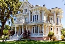 Victorian Homes / by Alisa Mills