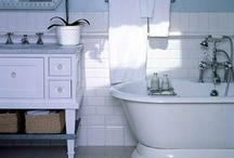 bathrooms / by Elina